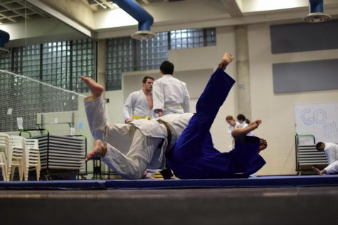 Fight Seasonal Depression with Free Judo, Jiu Jitsu Classes